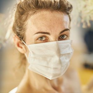 """""""Лікарі думали, що у мене стався інсульт"""": 32-річна киянка розповіла про ускладнення від коронавірусу"""