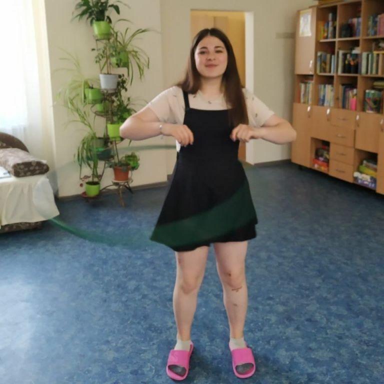 В Киеве из Центра социально-психологической реабилитации пропала несовершеннолетняя девушка: фото, приметы