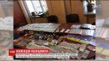 На Сумщине у начальника отдела полиции нашли арсенал оружия и российский флаг