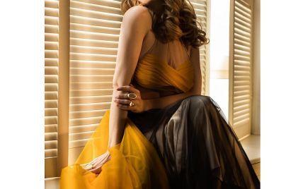 У красивих сукнях та з кульками: Тіна Кароль знялася в новому фотосеті