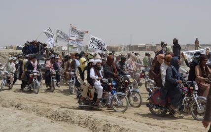Таліби підірвали опори лінії електропередач в провінції: столиця Афганістану знеструмлена