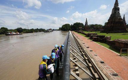 У Таїланді почалися сильні повені: під загрозою стародавні храми зі списку ЮНЕСКО