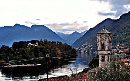 Вулиці перетворилися на річки: в Італії поселення біля озера Комо накрили потужні паводки
