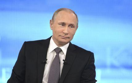Путин засекретил информацию о погибших в мирное время военных РФ