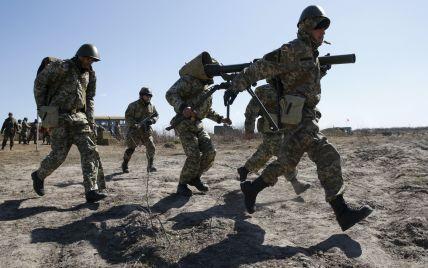Возле Марьинки боевики идут на прорыв: есть раненые бойцы АТО - нардеп