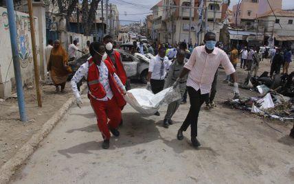 У Сомалі біля президентського палацу вибухнув автомобіль: вісім загиблих