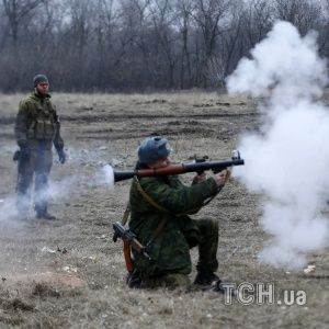 Боевики обстреляли позиции сил АТО с разрушенного моста через Северский Донец