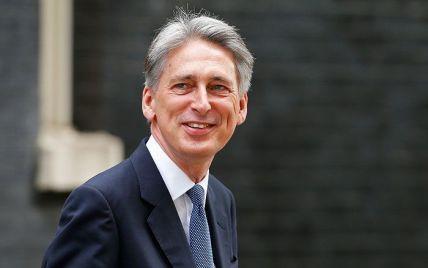 Великобритания готова обсудить вопрос размещения на своей территории ядерных ракет США
