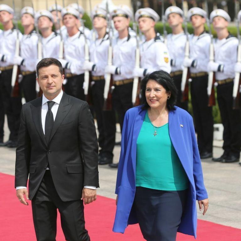 У Києві розпочалася зустріч Зеленського із першою в історії жінкою-президенткою Грузії Зурабішвілі
