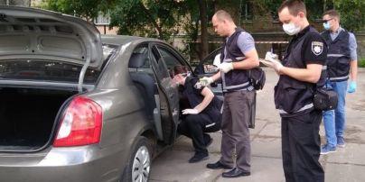 Застреленный в авто в Киеве мужчина оказался руководителем подразделения полиции