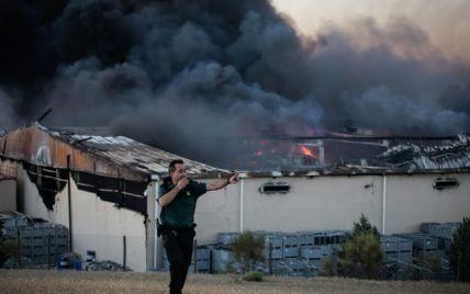 В Испании второй день горят склады с хамоном, пожарные пытаются потушить огонь
