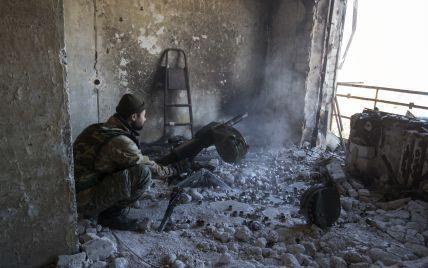 На Луганщині бойовики підірвали вантажівку з українськими військовими