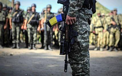"""В Україні за """"дідівщину"""" в армії будуть саджати на 7 років"""