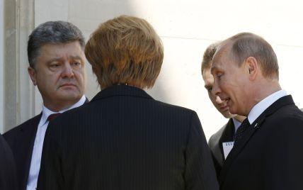 Порошенко в сложной беседе с Путиным договорился о признании выборов и начале переговоров