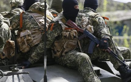 """Сепаратисты захватили мэрию Алчевска """"голыми руками"""""""