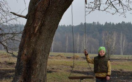 """""""Мамо, це вже кінець світу?"""": постраждалі від лісових пожеж розповіли про пекло у Житомирській області"""
