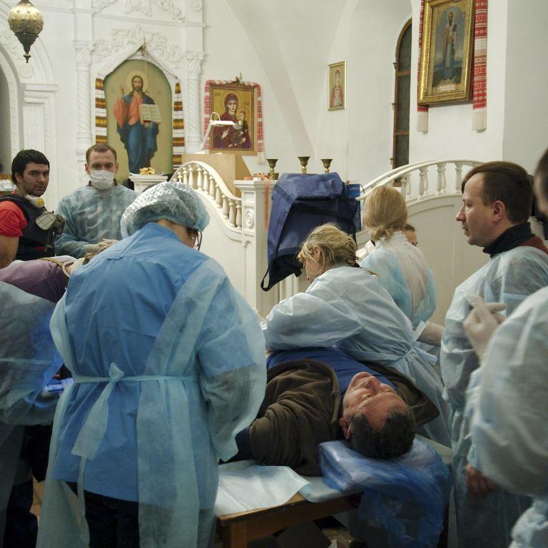 Медикам у Михайлівському не вистачало анестезії: поранений терпів біль, дивлячись на фото дитини