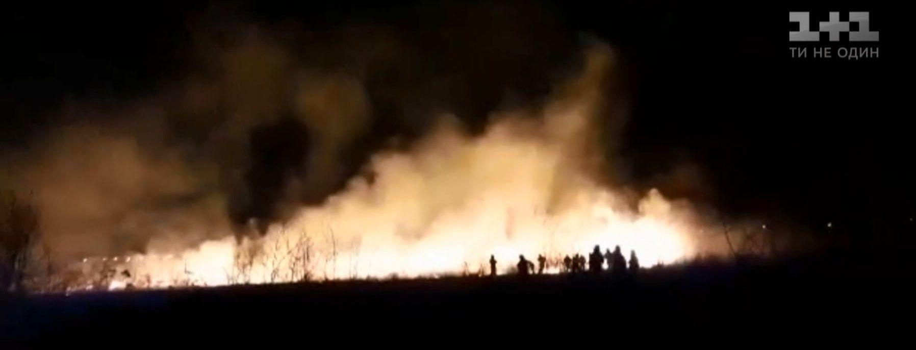 В Івано-Франківську сталася велика пожежа поблизу аеропорту