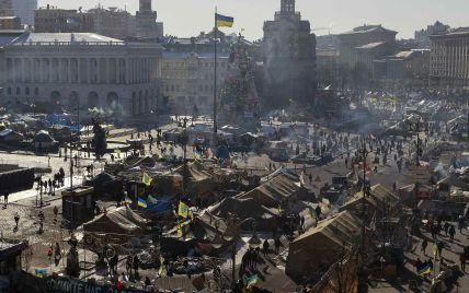 """Евромайдан сегодня устраивает """"субботник"""" и генеральную уборку"""