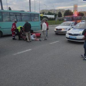 В Киеве ДТП с участием пьяного женщины-водителя закончилась дракой: фото