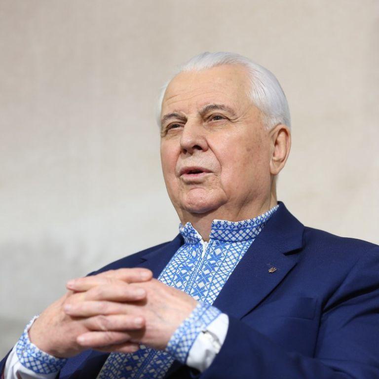 Увесь час грає комедію – Кравчук про поведінку РФ на переговорах щодо Донбасу