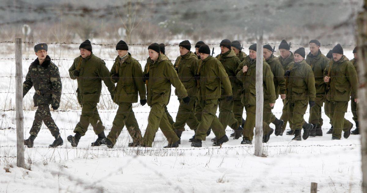 Мобілізовані готуються в умовах, наближених до реального бою. / © Reuters