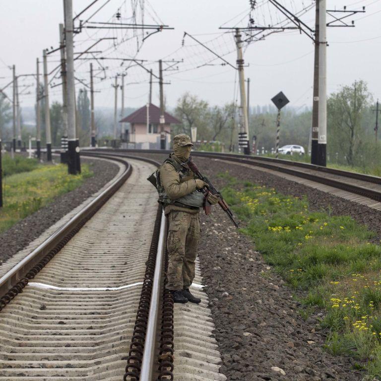 Рух поїздів через Слов'янськ відновлено