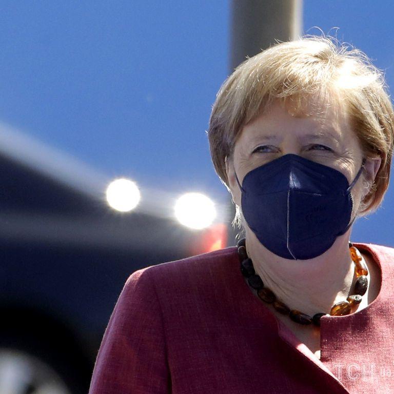 """""""Европа должна разговаривать с Россией, если мы хотим безопасности"""" — Меркель"""