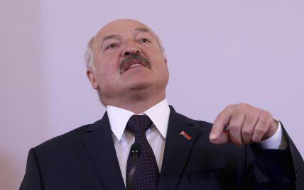 Массовые протесты, санкции, задержанные и погибшие: как Беларусь год живет после псевдовыборов