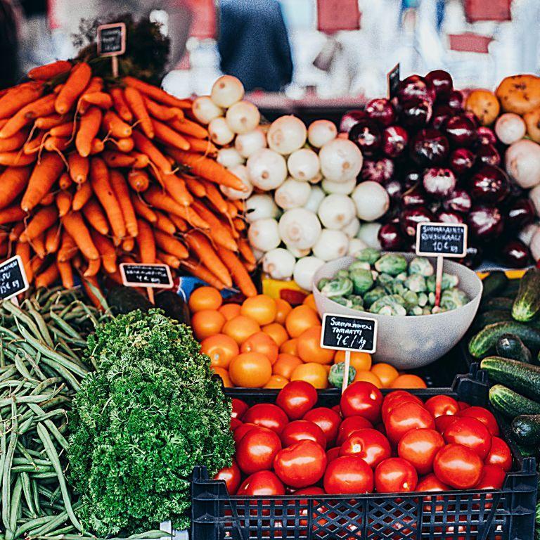 Мировые цены на продукты сделали самый большой скачок за 10 лет: что будет дальше
