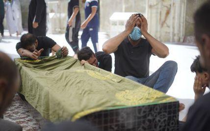 Нові жертви пожежі в Іраку і масове мародерство у ПАР. П'ять новин, які ви могли проспати