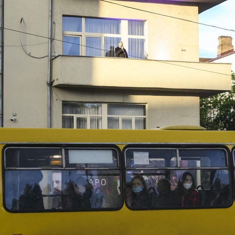 Родители пережили шок: в Тернополе в маршрутке 4-летний мальчик травмировался медицинской иглой, которая была в сиденье