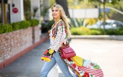 В джинсах-скинни и ярком кимоно: Хайди Клум на улицах Лос-Анджелеса