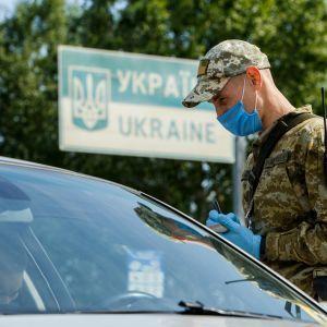 Уже вторая страна Европы признала украинские свидетельства о прививках