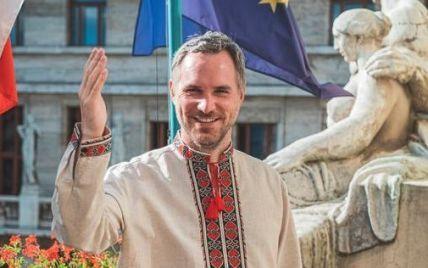 Мер Праги у вишиванці привітав Україну з 30-річчям Незалежності
