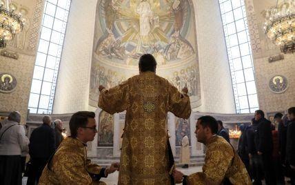 Порошенко назвал дату Объединительного собора украинской Поместной церкви