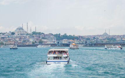 Без тестів та ізоляції: Туреччина назвала дату скасування обмежень для українських туристів
