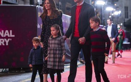 Кейт и Уильям вместе с тремя детьми сходили в театр Палладиум