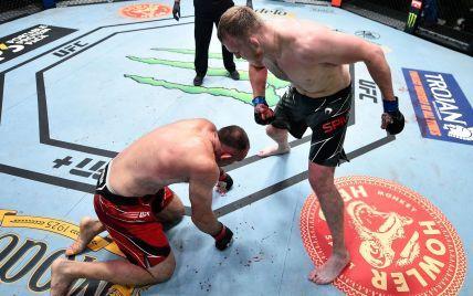 Россиянин, отрекшийся от Украины, снова проиграл в UFC: не смог справиться с бывшим соотечественником (видео)