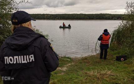Правоохоронці виявили місце засідки нападника на Шефіра, а до пошуків зброї задіяли водолазів