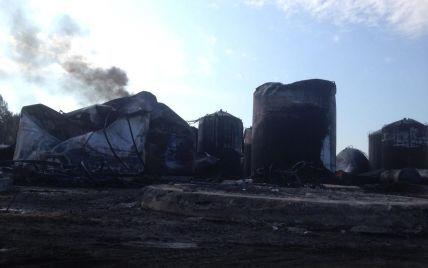 На нефтебазе под Васильковом продолжает выгорать топливо - ГСЧС