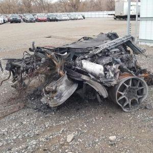 У США на популярному аукціоні продають автомобіль, який має вигляд металобрухту