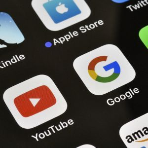 Рада ухвалила законопроєкт про оподаткування Google, Facebook та Netflix
