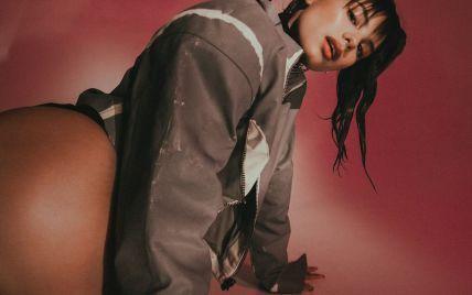 Откровенная Michelle Andrade в латексном белье посветила фигурой в новом видео