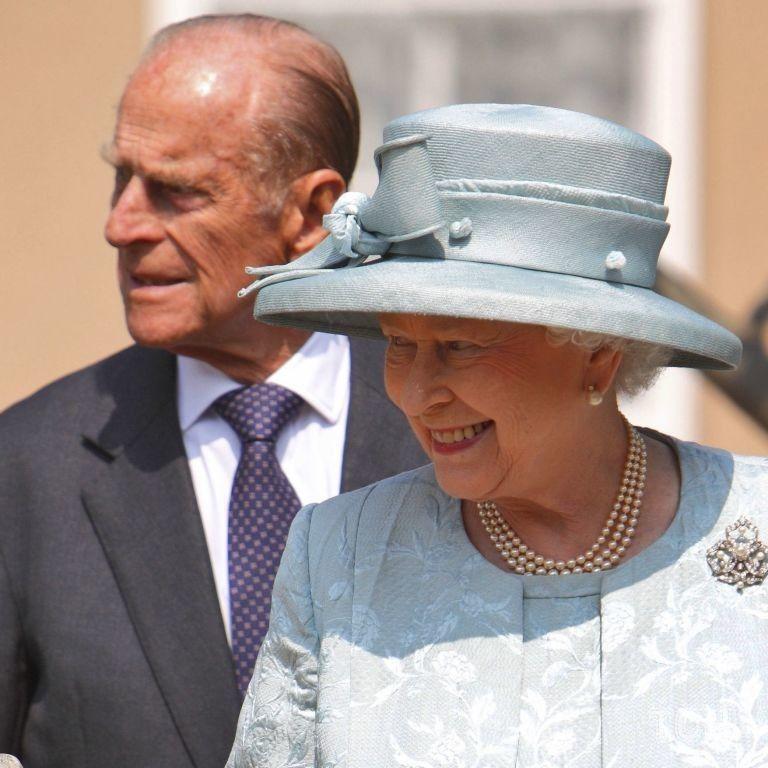 Вспоминаем значимые события: последние фото принца Филиппа с королевской семьей