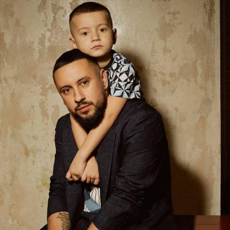 MONATIK показал подросшего сына и сообщил о важном событии в жизни мальчика