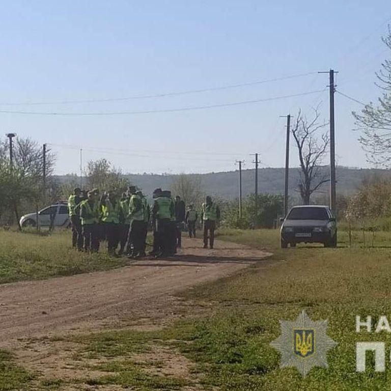 В Одесской области нашли 4-летнюю девочку, которую всю ночь искали более 200 человек