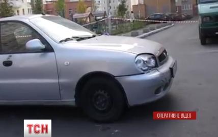 У киевлянина со стрельбой украли сумку с деньгами
