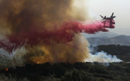 Нова сильна пожежа спалахнула в США: вона загрожує ранчо Рейгана