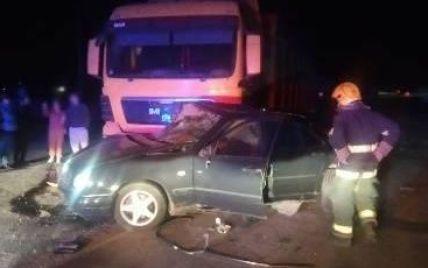 Потрійна ДТП у Херсонській області: жахливо загинули двоє людей